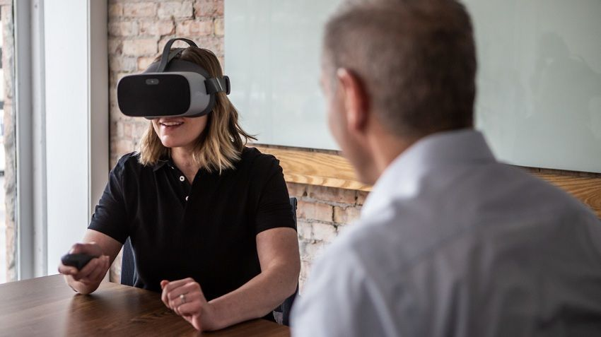 Commitment - Employee Training Using Virtual Reality
